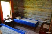 Отдельная спальная комната с двумя кроватями. Double bed