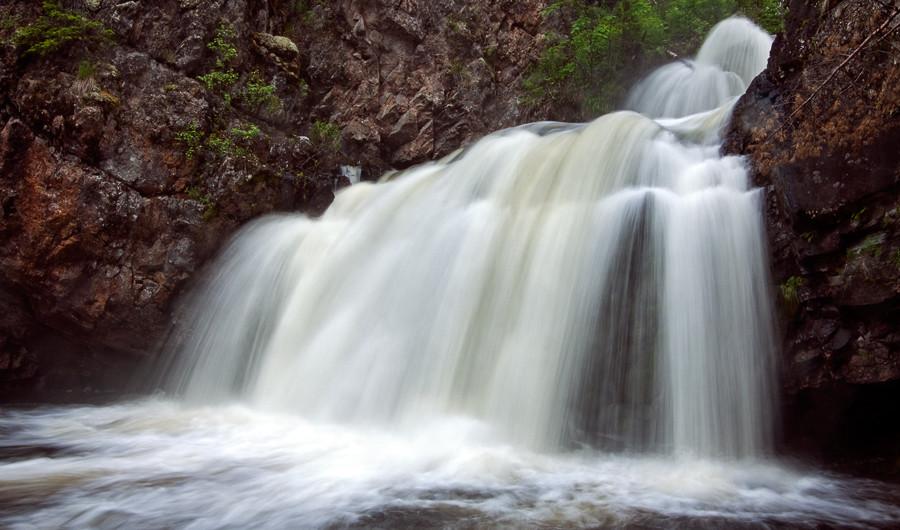 Водопад в Карелии. Мянтюкоски