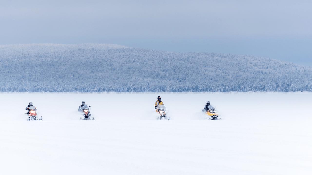 Снежные просторы Карелии, 3-х дневный тур на снегоходах